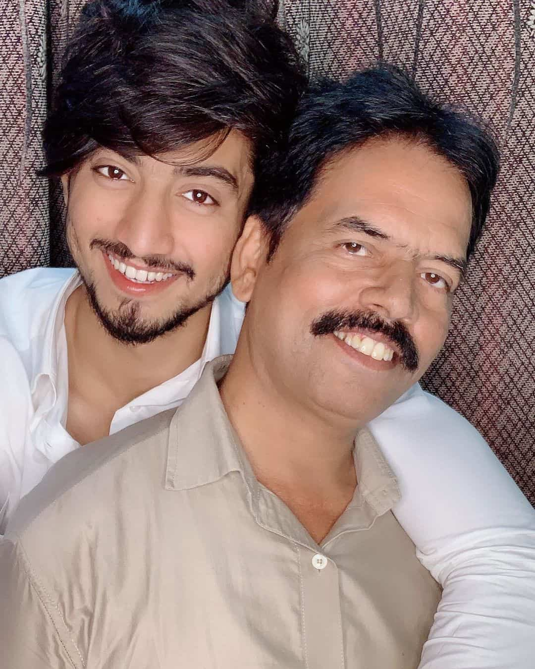 Faisu with his father