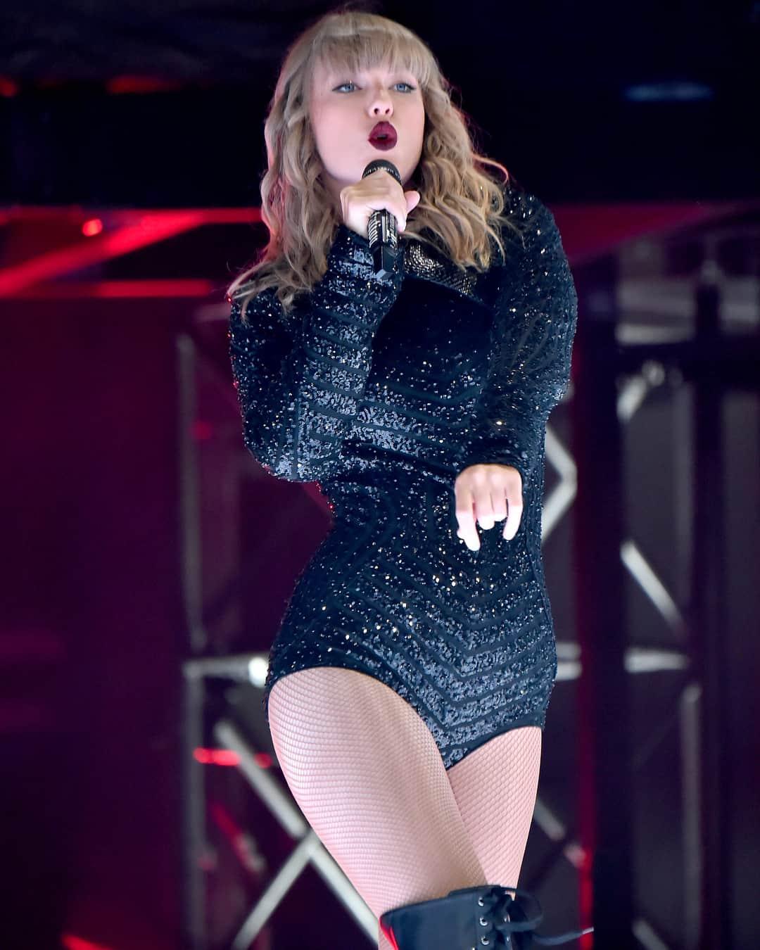 Taylor Swift Wiki, Age, Biography, Boyfriend, Net Worth & More 3