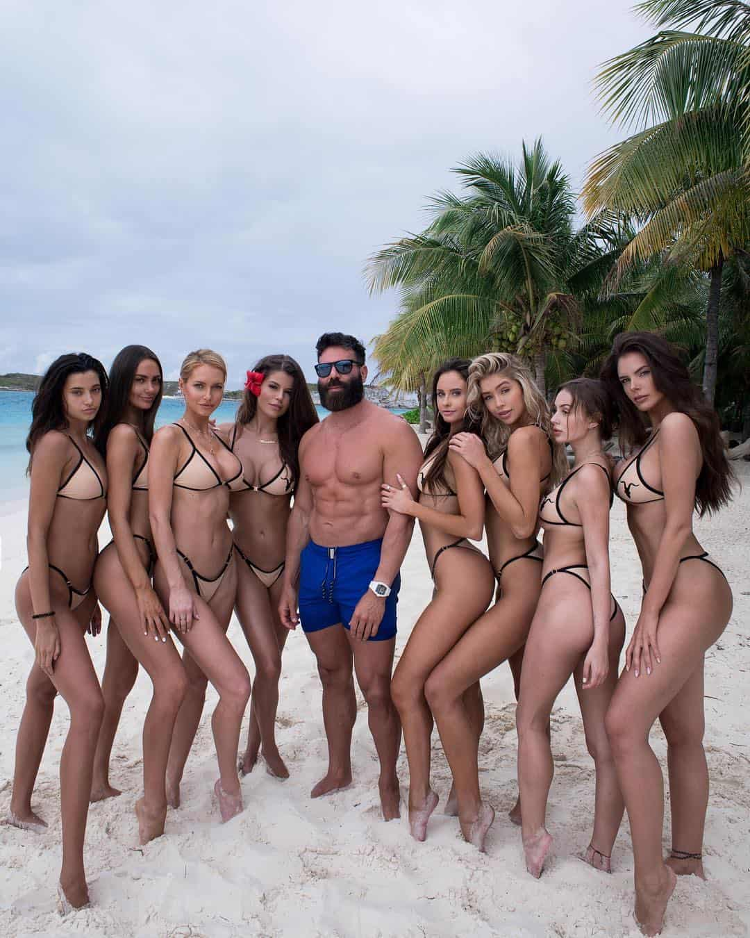 Dan Bilzerian Wiki, Age, Biography, Girlfriends, Family, Hobbies, & More 3