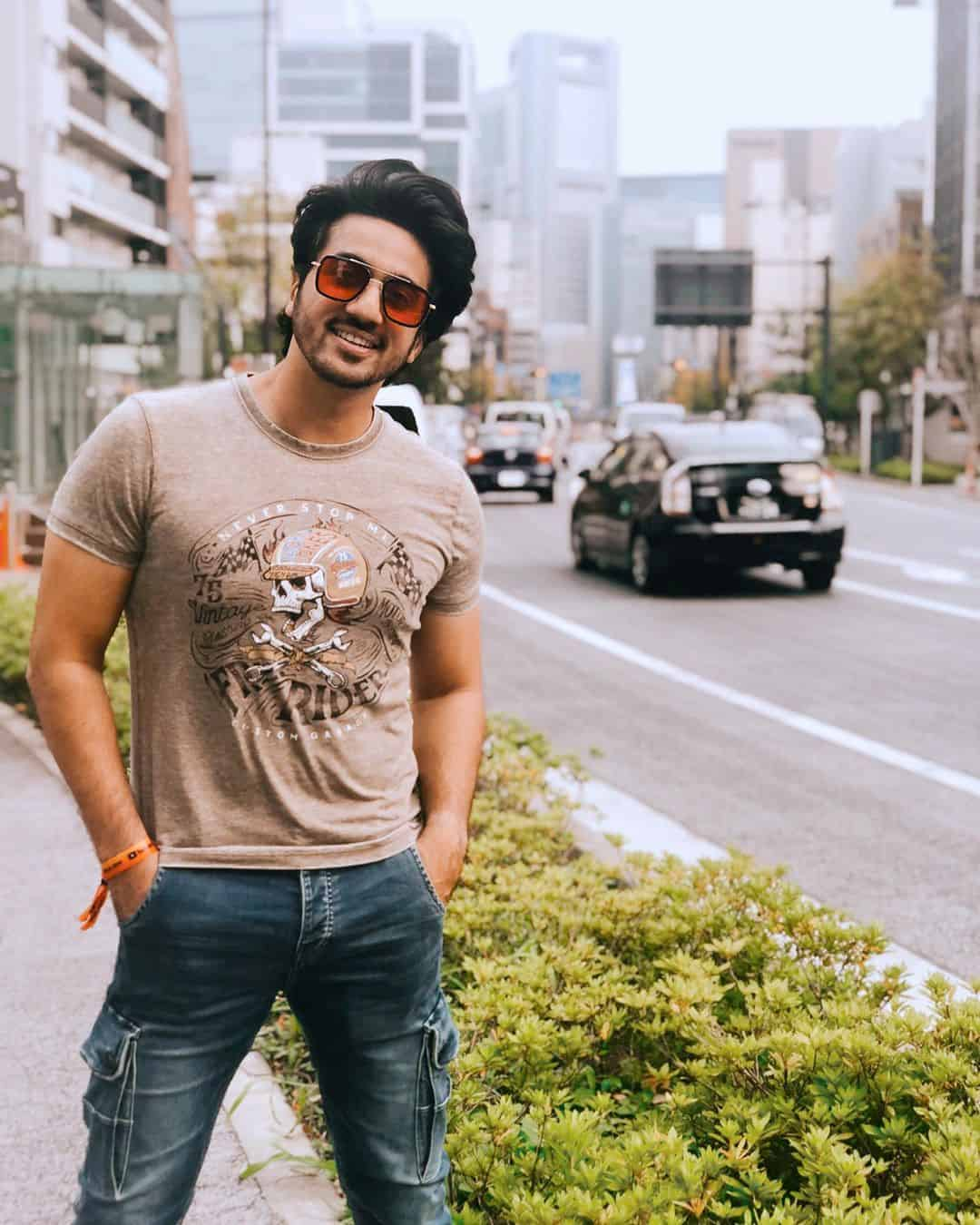Mumbiker Nikhil Wiki, Age, Biography, Girlfriend, Net Worth & More 2