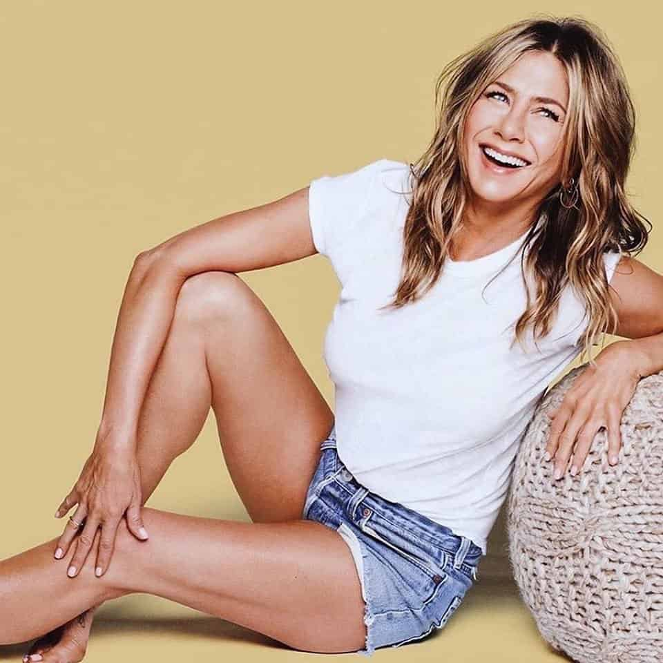 Jennifer Aniston Wiki, Age, Boyfriend, Net Worth, Family & More 2