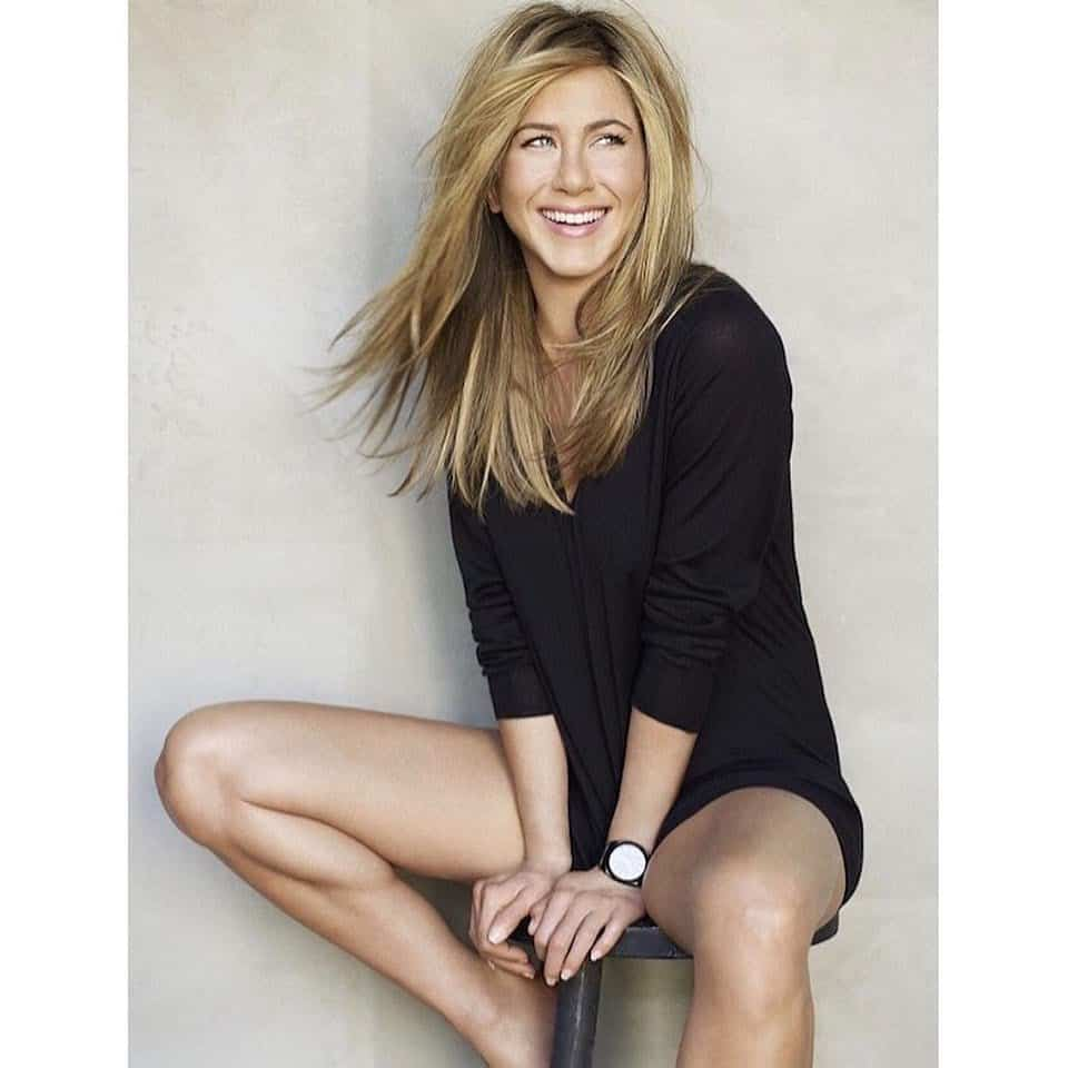 Jennifer Aniston Wiki, Age, Boyfriend, Net Worth, Family & More 3
