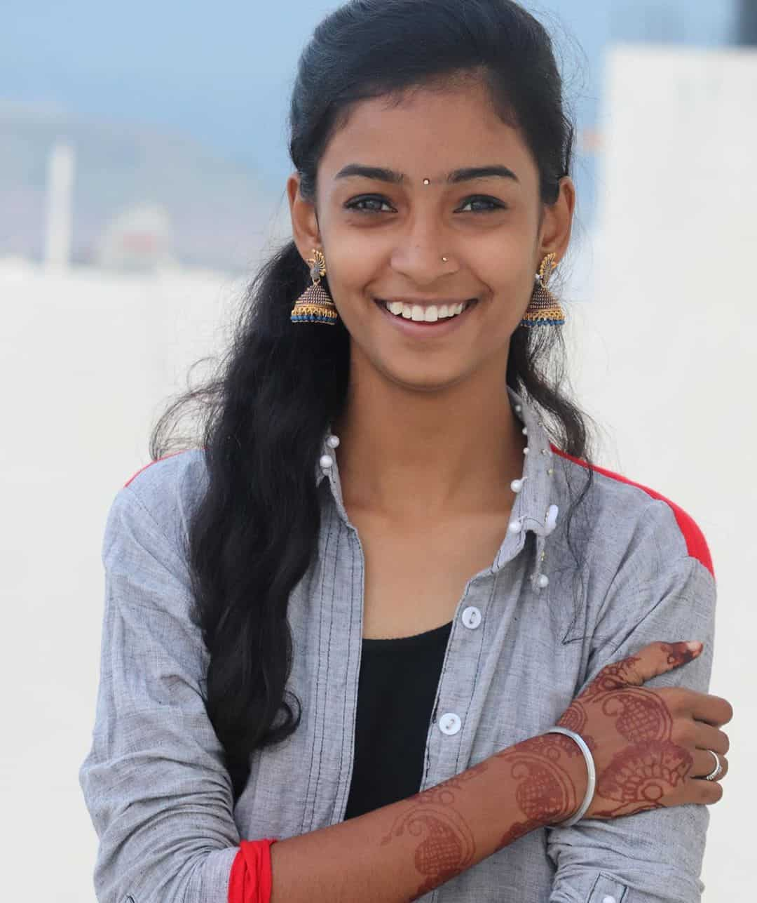 Vishnu Priya Wiki, Age, Biography, Boyfriends, Family & More 1