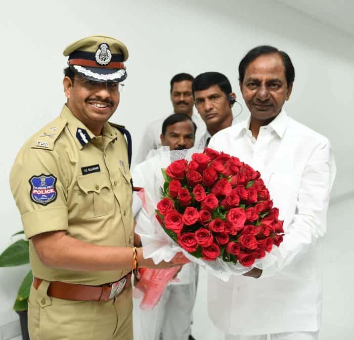 VC Sajjanar with K. Chandrashekar Rao (KCR)(Chief Minister of Telangana)